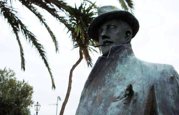 Statua Puccini - Torre del Lago