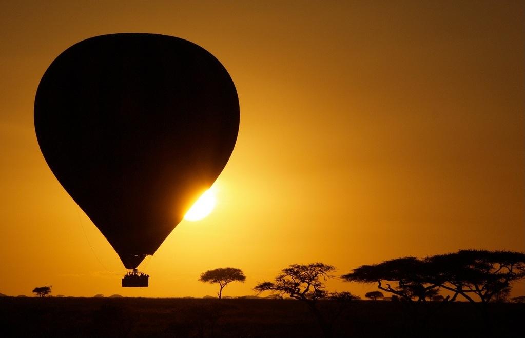 Africa -  alba nel Serengeti