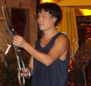 Ho Lui con le sue forbici - Antibes