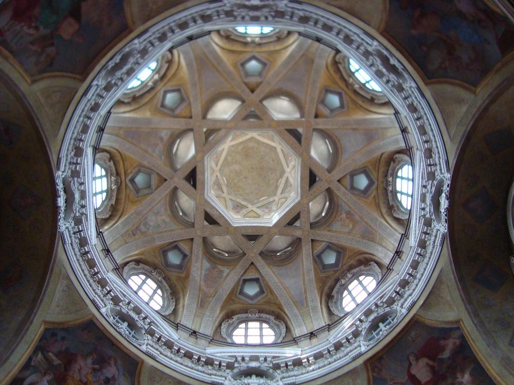 Chiesa San Lorenzo a Torino - la cupola